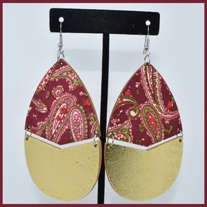 Jewelry - Pretty Pink Wooden Earrings